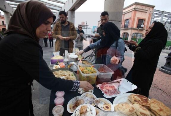 Comida estilo marroquí en la plaza González Arratia