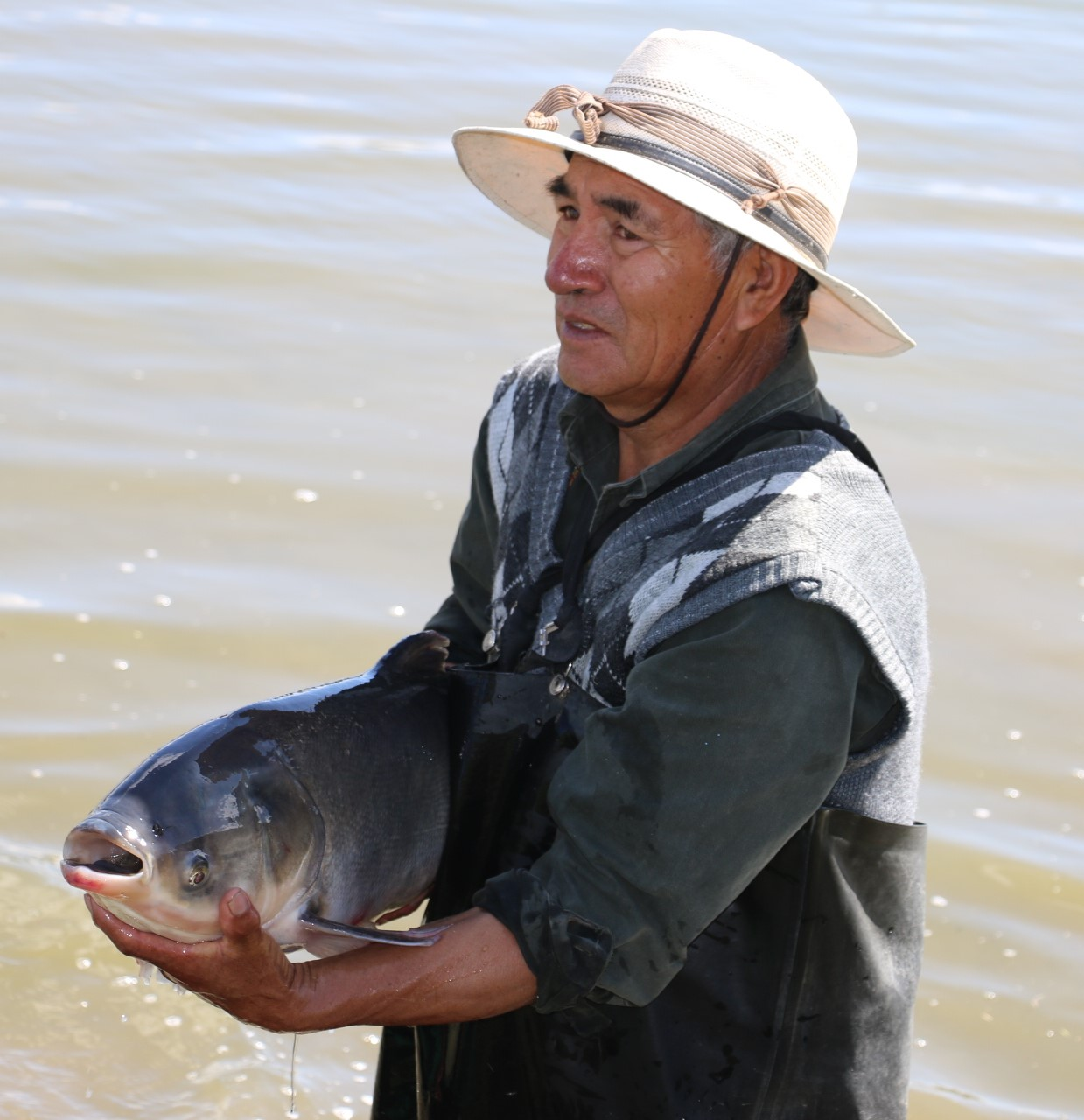 Es centro acuícola de Tiacaque, máximo productor de carpa a nivel nacional