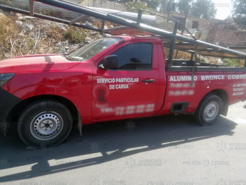 Elementos de la secretaría de seguridad recuperan un vehículo con reporte de robo