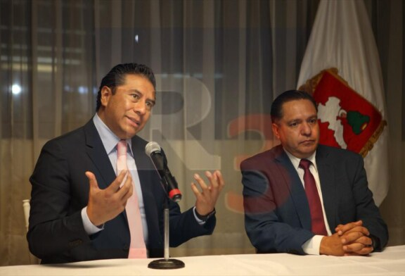 Impide el GEM que policías municipales de Toluca vigilen al transporte publico