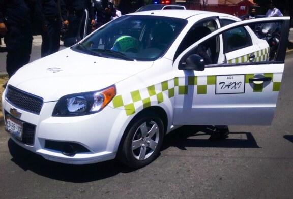 Captura Policía de Toluca a dos hombres presuntamente dedicados al robo a interior de vehículo