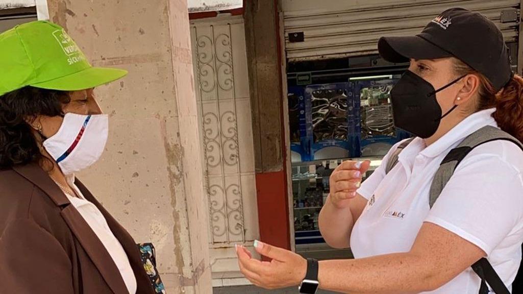 Realiza SEDESEM capacitación de lenguaje de señas a adultos mayores