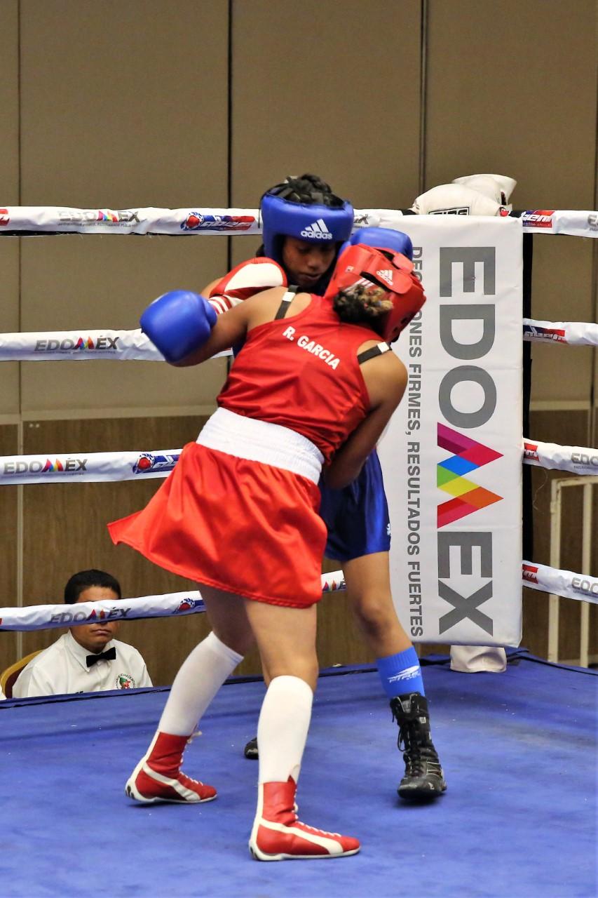 Encabezan expertos en boxeo ponencias para apoyar a este deporte en la entidad