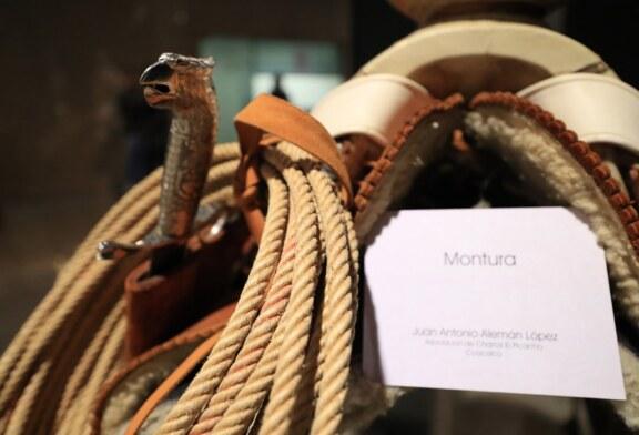 Inauguran exhibición de vestimenta charra en el museo del deporte Edoméx