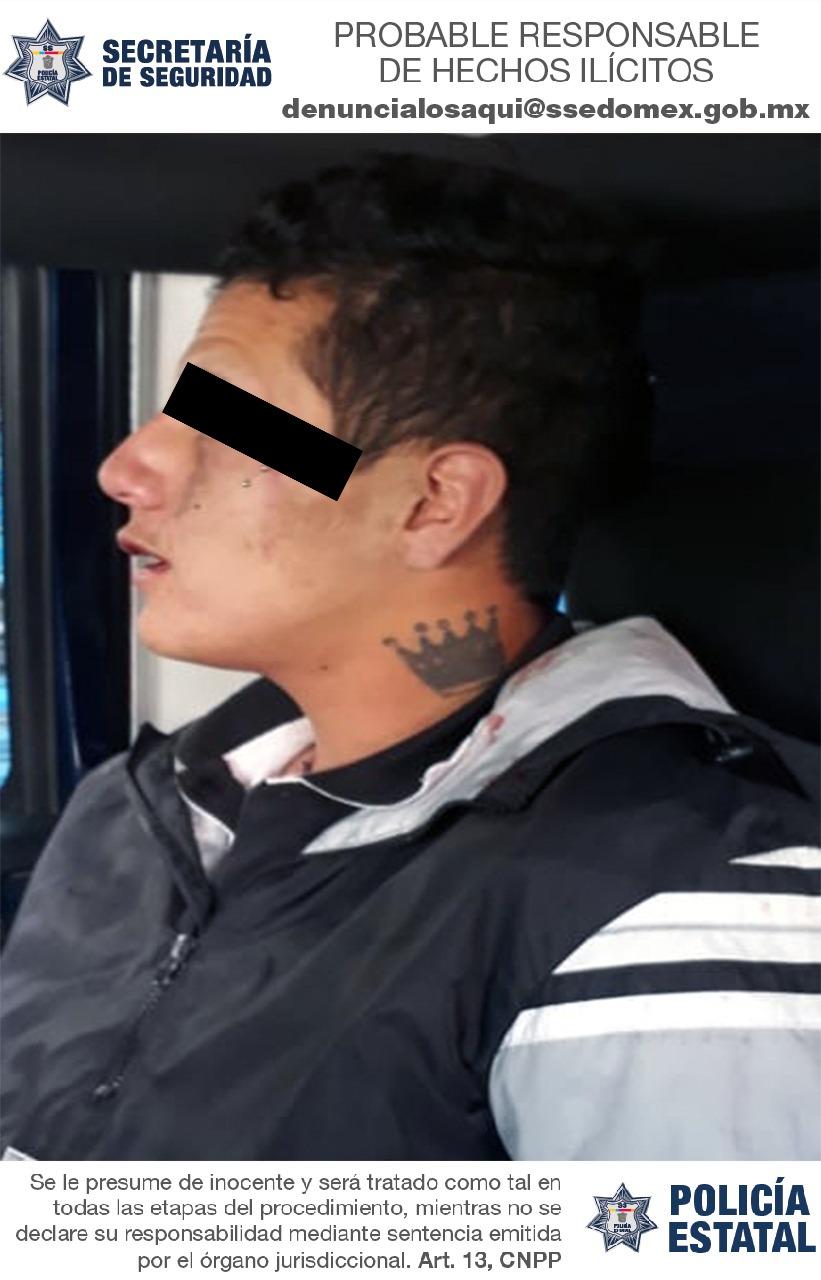 Detienen a sujeto posible responsable del delito de robo con violencia a bordo del transporte público