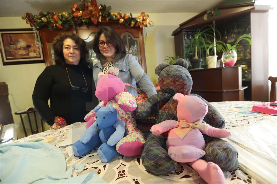 También en Toluca le pueden maquilar un muñeco para recordar a su familiar abatido por la pandemia.
