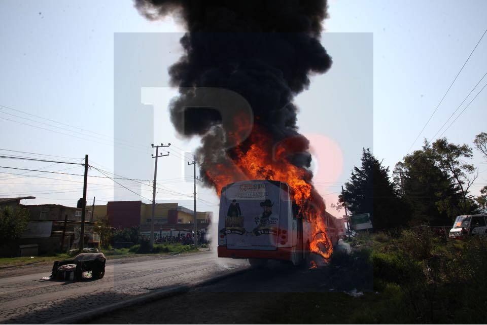 Incendian varios camiones porque la justicia no les llega
