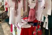 Plasma identidad y tradición otomí en prendas de vestir