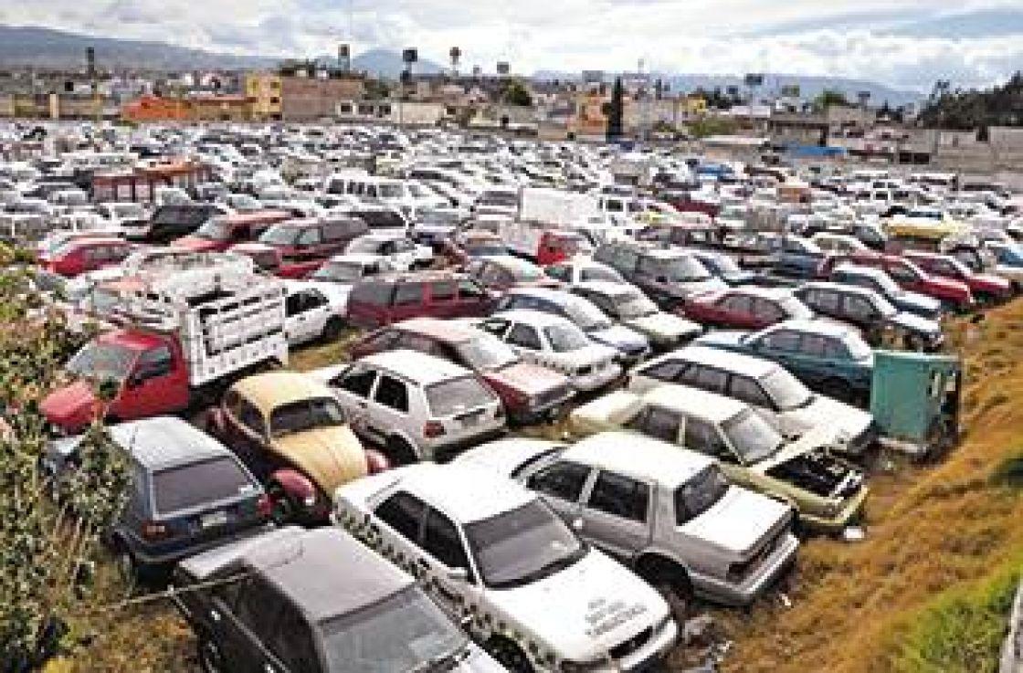 A revisión grúas y corralones en Toluca