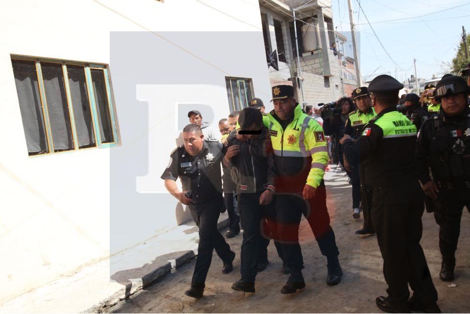 Intentan linchar a dos cristaleros en Tlacotepec, hasta el ejército llega a salvarlos