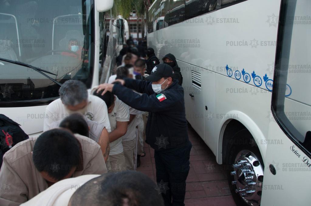 Cierran penal de Temascaltepec y trasladan a 164 personas privadas de la libertad