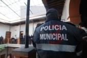 Se manifiestan policías de Almoloya por un recurso que no les entregan
