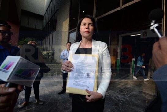 Teresa Castell  denuncio a la candidata Delfina Gómez