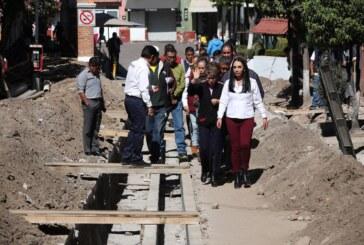 Supervisa Gaby Gamboa avance de obra en el centro del pueblo mágico