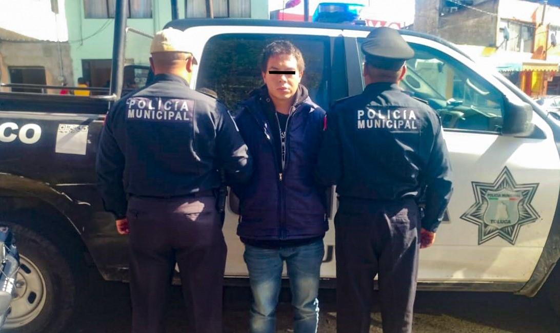 Atrapa Policía de Toluca a peligroso sujeto presuntamente dedicado al robo con violencia